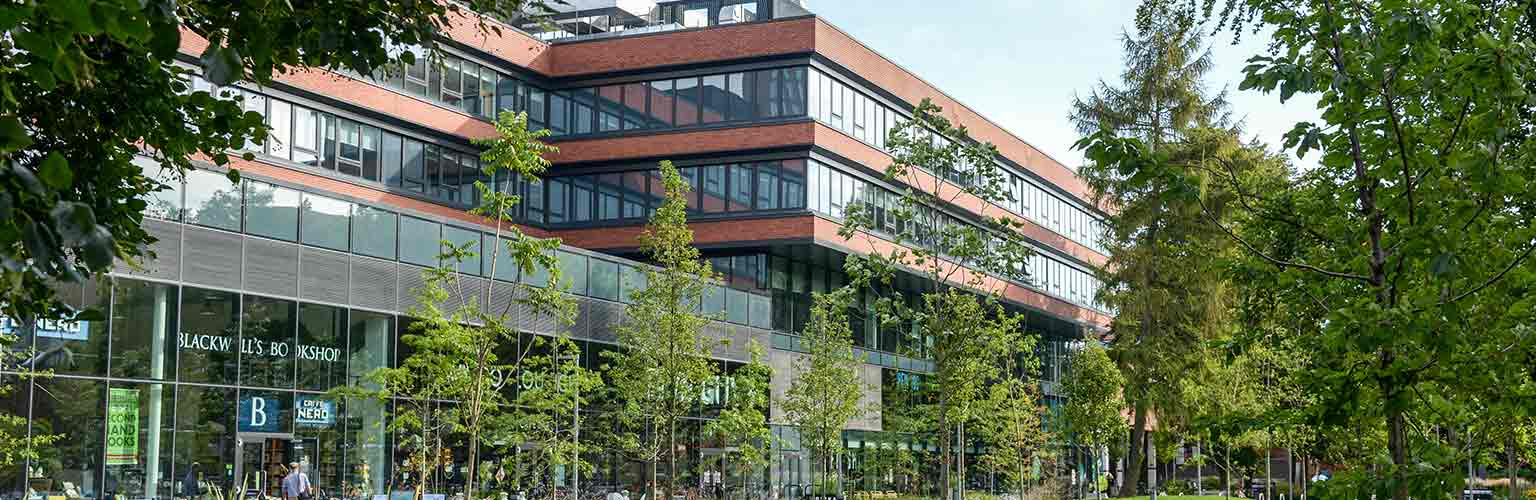 alliance manchester business school building university green