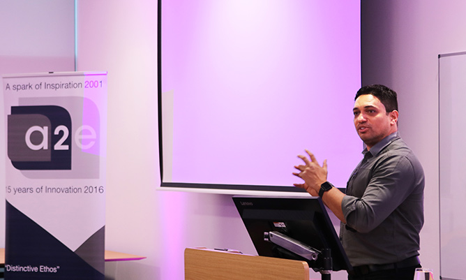 2c454744 Former Dragon Piers Linney talks to Manchester's budding entrepreneurs