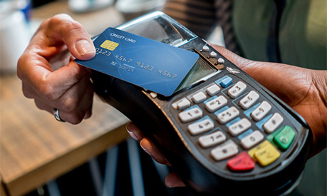 using a contactless card on a card machine